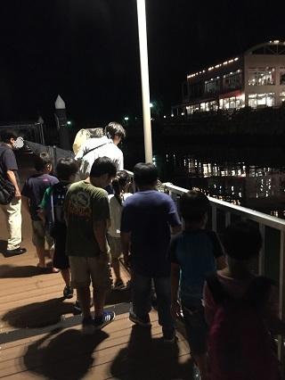 水族館お泊まり夜の海