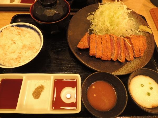 京都勝牛 堂島地下街 (14)