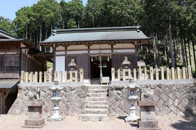 弁財天石楠花の丘・金比羅神社