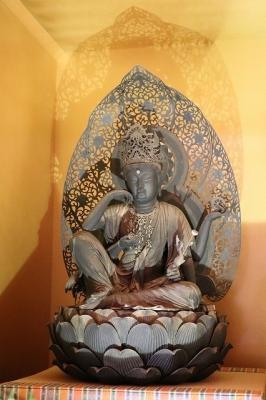 談山神社・如意輪観音像