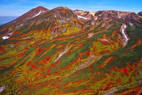 北海道・旭岳から白雲岳の紅葉