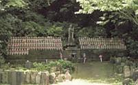 日金山東光寺地蔵群