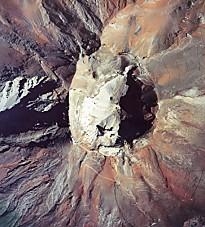 富士山火口空撮