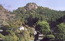 鳳来寺山門谷