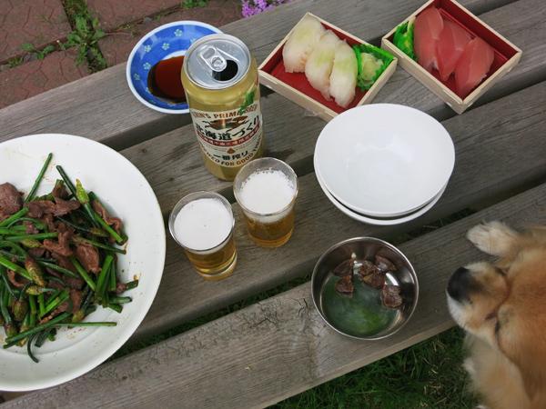 お庭でプチバースデーパーティー 茶太郎