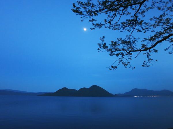 夕暮れ 洞爺湖