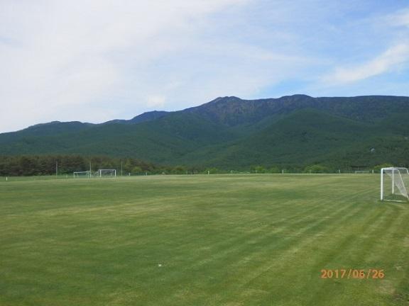 バラギ高原よりの四阿山です。