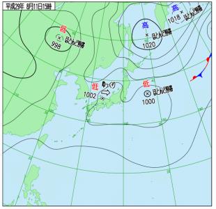 8月11日(金祝)15時の実況天気図
