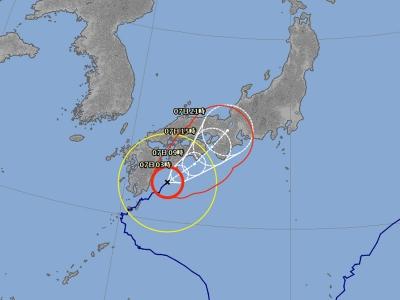 台風5号進路予想(8月6日23時現在)
