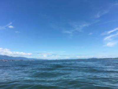急に秋めいた8月13日の琵琶湖南湖