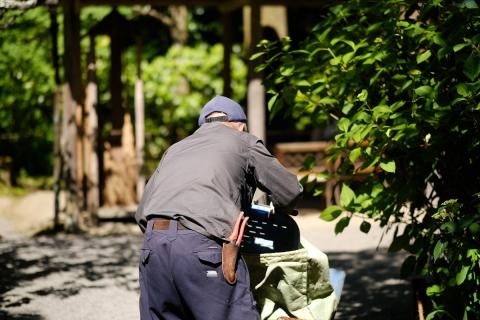 13鎌倉散歩明月院手入れ