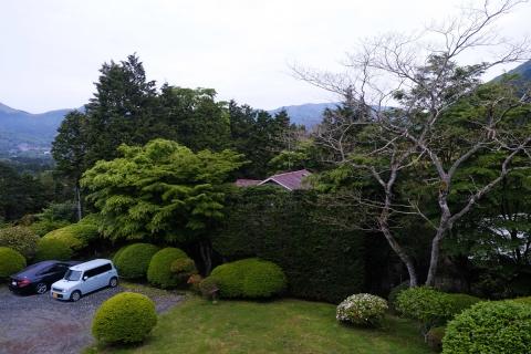 27保養所の庭
