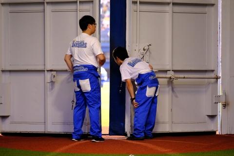 08横浜スタジアム