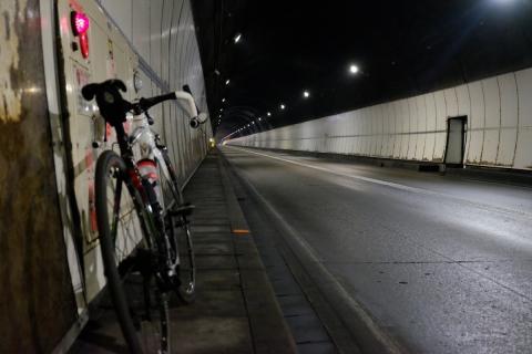 27R115土湯トンネルC60