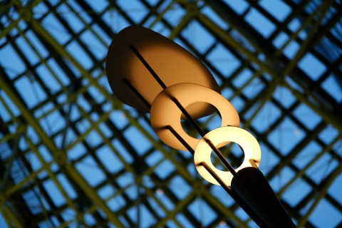 a7東京ミッドタウン広場の照明