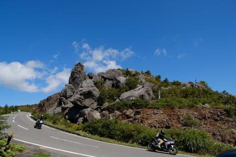 05八幡平へ岩山