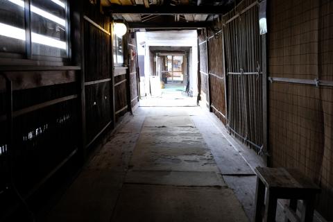 15藤七温泉彩雲荘露天風呂と本館をつなぐ外廊下