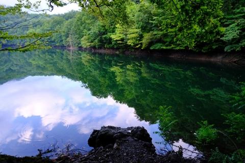 13早朝の十二湖