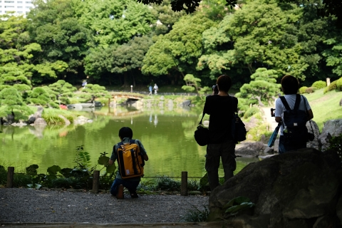 10清澄庭園カメラ男子
