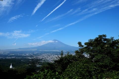 04長尾峠へ富士山
