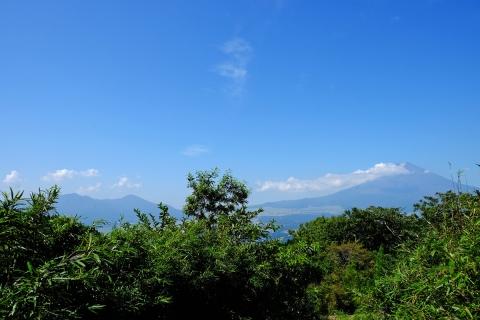 06長尾峠へ富士山