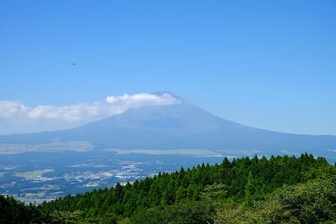 07長尾峠へ富士山