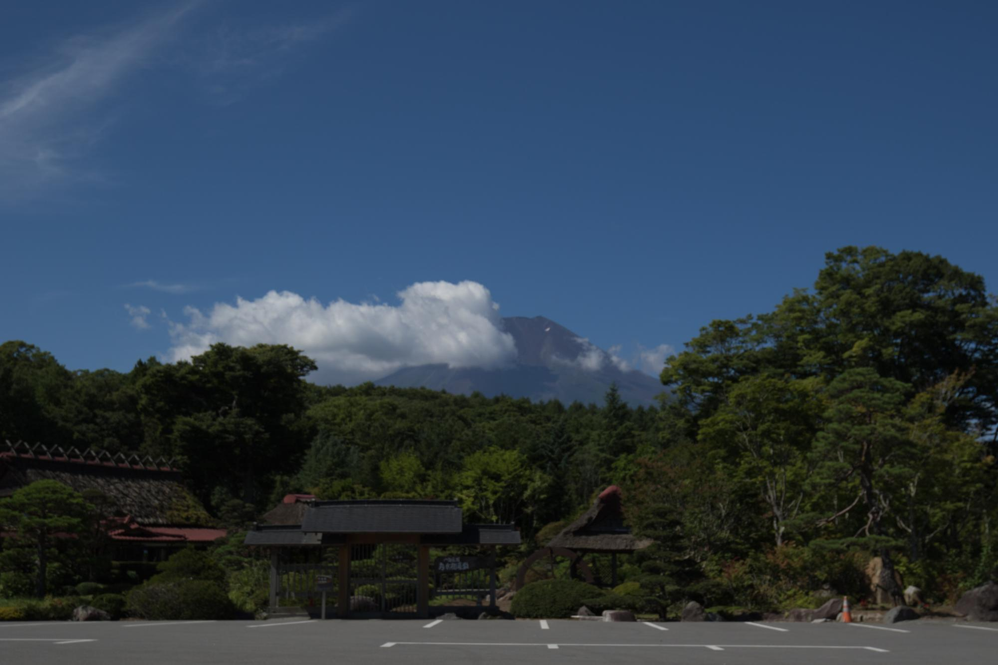 20170823-駐車場_富士山