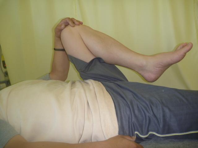 施療後 左股関節の屈曲が和らぎ腰の張りも和らぐ