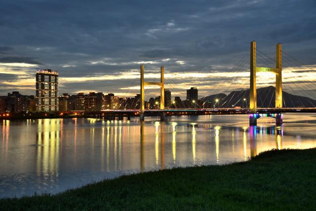 重陽橋夜景(3)