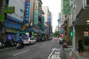 台中市内 電気街