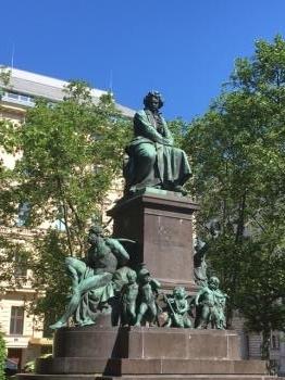 ベートーヴェン像