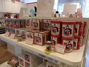 P6183578 カレルチャペック紅茶店 自由が丘トレインチ店
