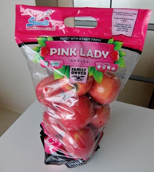 コストコ ◆ ピンクレディー りんご 797円也 ◆