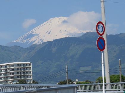 小田原市から臨む富士山