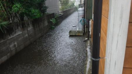 川の氾濫1