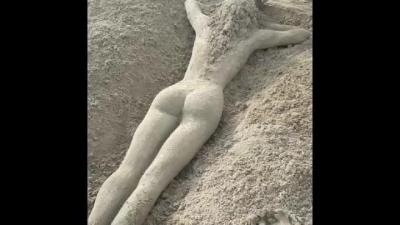 【スゴイ!】ヌーディストビーチ?美女だぁ~絶対!