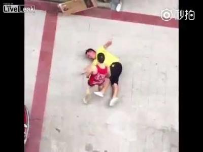 【Fight!】赤い小さい方が強かった!