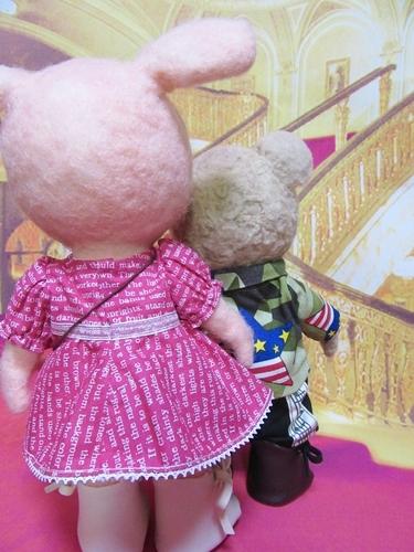 ブログ7劇場ロビー1