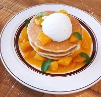 マンゴーレアチーズパンケーキ