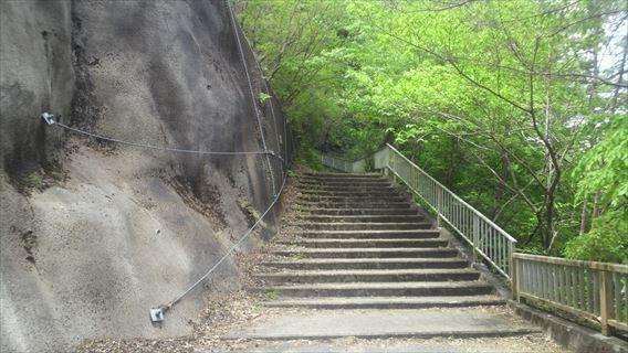 竜神ダム右岸側遊歩道1