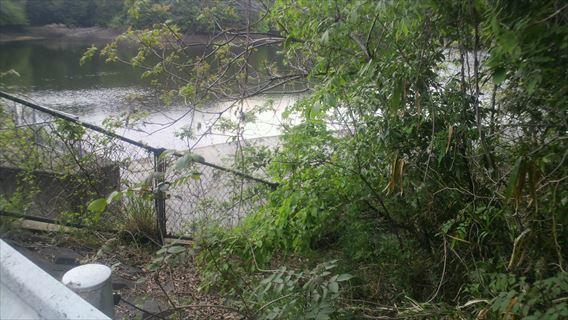 三野輪ダム洪水吐