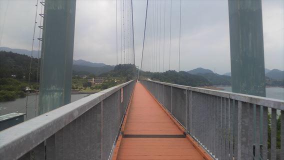 水の郷大吊り橋橋桁