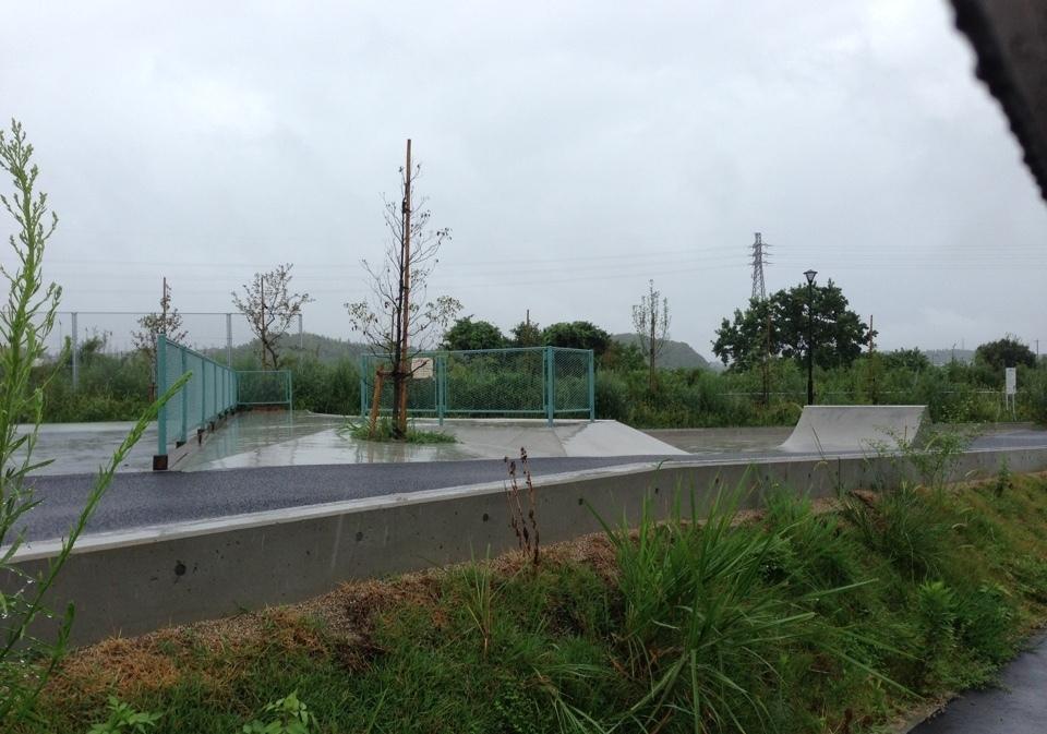 志都呂西公園3