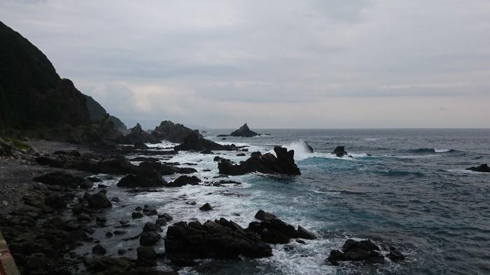 国道321号線脇の海岸
