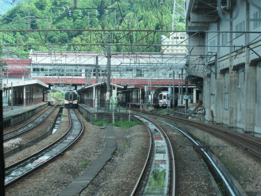 越後湯沢駅1