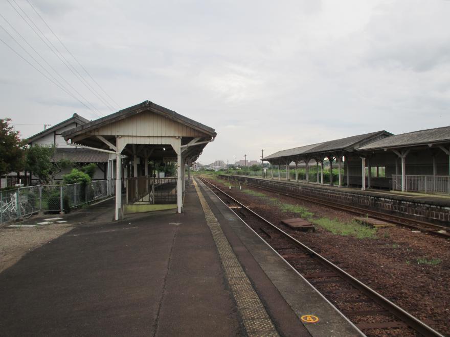 一身田駅3