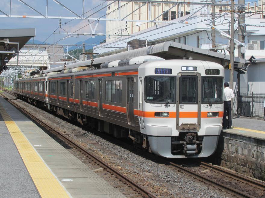 中津川駅2