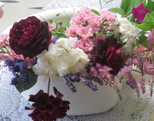 庭から摘んだ花