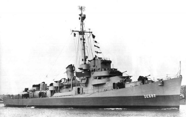 USS_UnderhillDE-682_convert_20170807143531.jpg