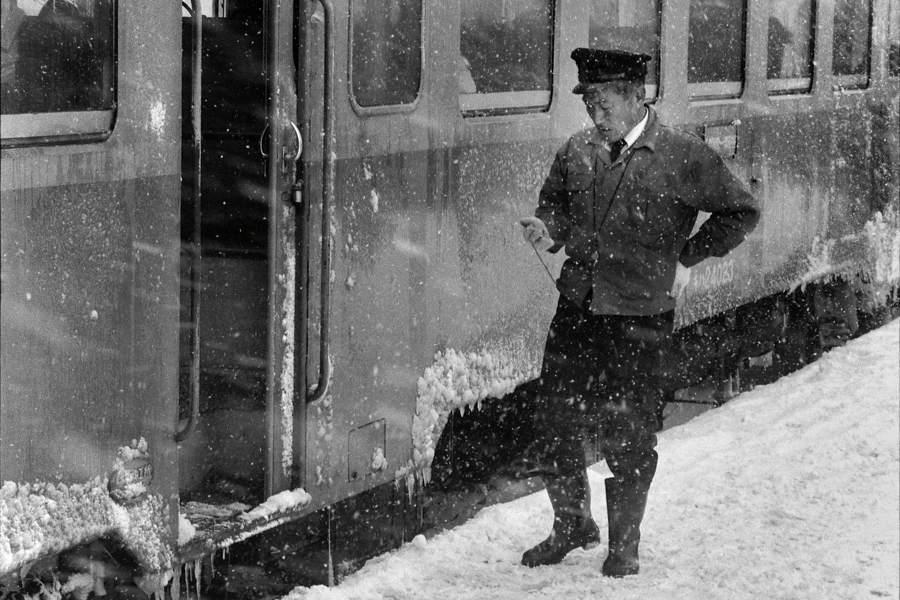 津軽鉄道 五所川原駅ホーム5 1984年1月 X970 AdobeRGB 16bit 原版take1b